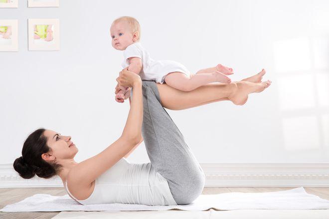 Tập thể dục sau sinh giúp mẹ nhanh lấy lại vóc dáng