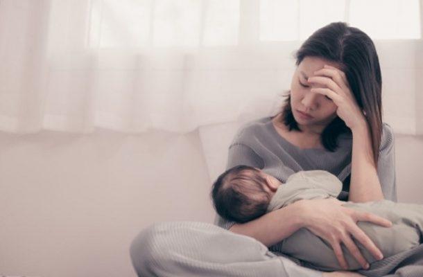trầm cảm sau sinh là gì